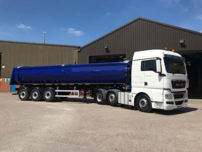 Montracon Half Pipe Tipping Trailer